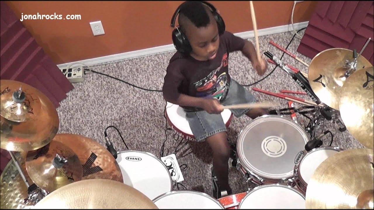 Avenged Sevenfold - Bat Country, 7 Year Old Drummer, Jonah Rocks
