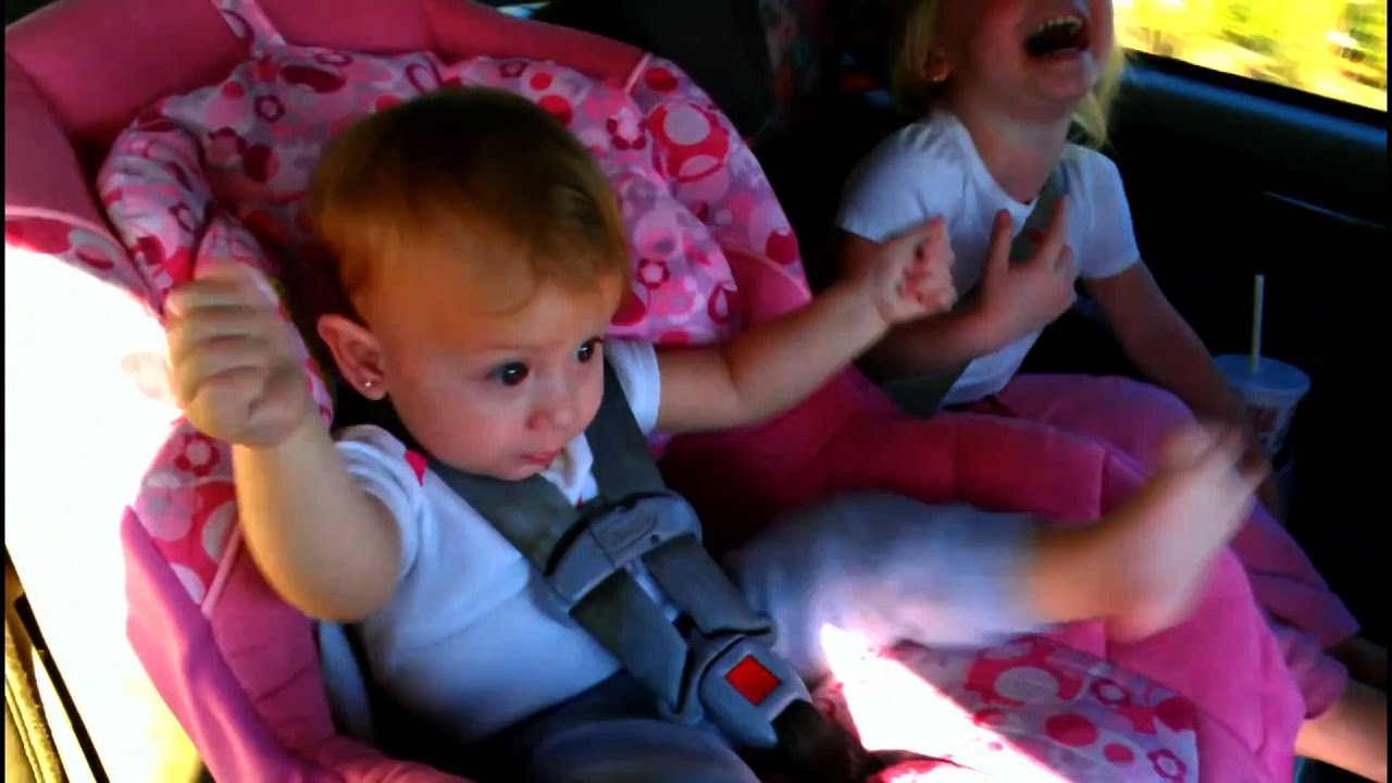 12 ADORABLE BABIES TEACH US THE BEST WAY TO WAKE UP DANCING