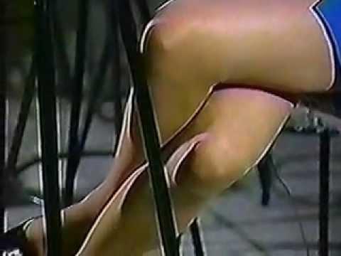 not double crossed legs_01