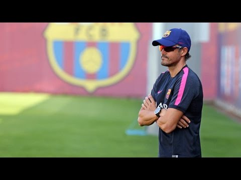 شاهد المدرب انريكي سيبدأ مهمته مع برشلونة في غياب النجوم