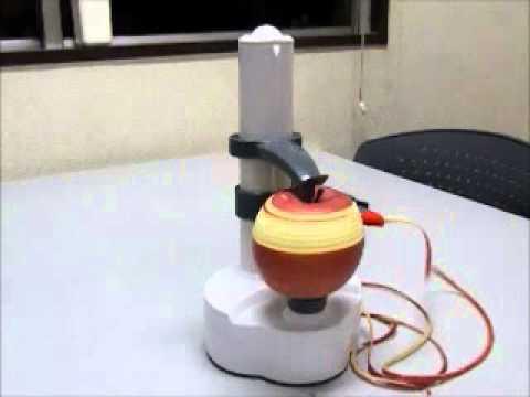 野菜や果物の皮がくるくる剥けて自動でストップ!電動皮むき器「イージーピーラー」発売開始