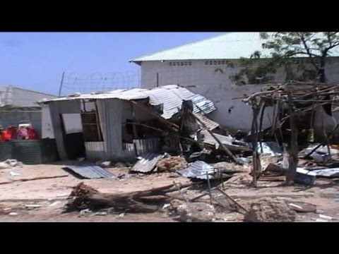 Suicide bomber kills two at Somali presidency