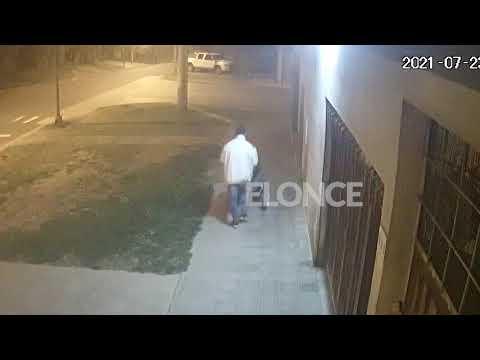 Embarazada denunció que robaron el cochecito en el que lleva a su bebé en Paraná