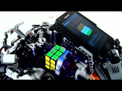 Robot slaže Rubikovu kocku