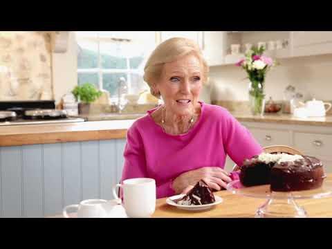 Mary Berry Chocolate Cake Masterclass with Lakeland