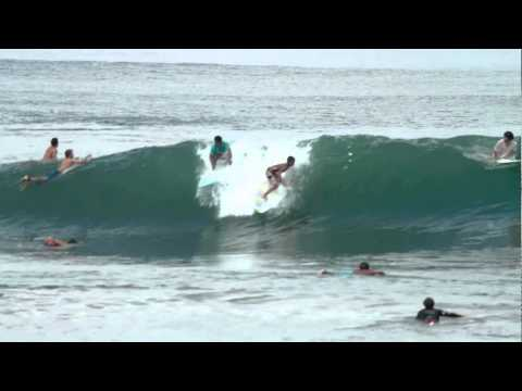 Who let the Dogs Out? Canggu-Bali Barrels