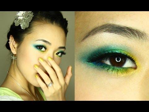 MAC Turquatic Inspired Summer Eyes