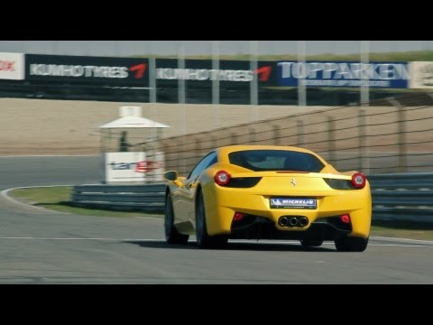 Ferrari 458 Italia LOUD accelerations + downshifts!! 1080p HD