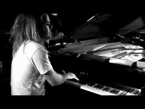 Tim Minchin - Rock and Roll Nerd (for TheSun.co.uk)