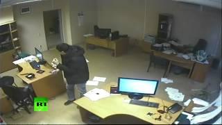 Inilah Rekaman CCTV meteor dirusia seremm... byangin aja lagi ketawa tiba gedungnya Dihantam Meteor ngeri WOW..!!