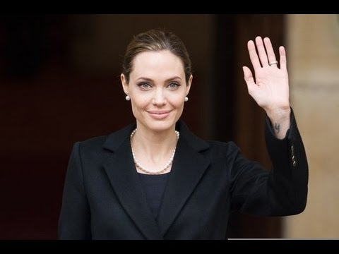 Angelina Jolie a subi une double masectomie !
