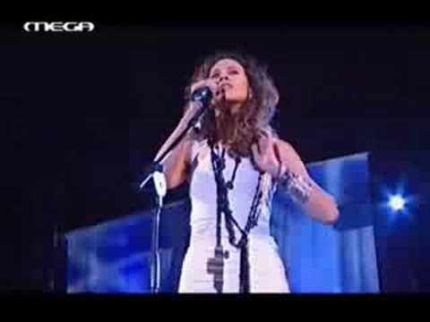 Eleftheria Arvanitaki  - Parapono - H Xenitia (lyrics)