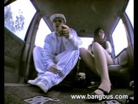 St Valentin Orelsan Gringe clip rap francais non censuré