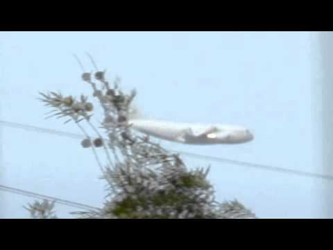 UFO Chases Military Aircraft C-17 Incredible Footage! 11/11/11