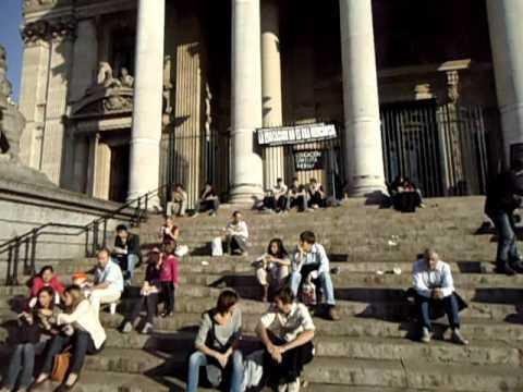 Manifestation à la Bourse de soutien aux étudients chiliens.
