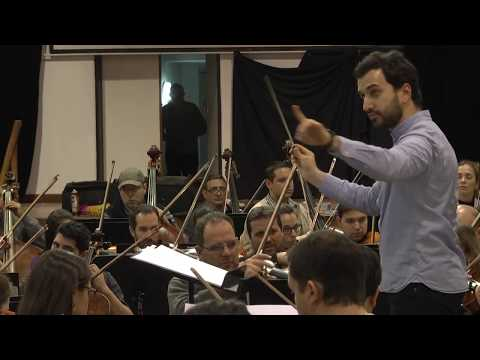 La Orquesta Sinfónica de Entre Ríos ensaya para sus presentaciones