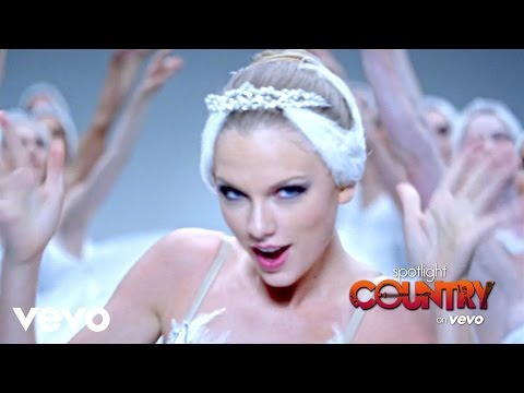 Spotlight Country - Taylor Swift and Katy Perry Feud? (Spotlight Country)