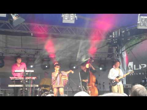 Tonya Graves live @ Prague Pride 2011