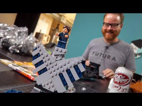 LEGO with Friends: Bonnie Burton, Part 1 - UCiDJtJKMICpb9B1qf7qjEOA