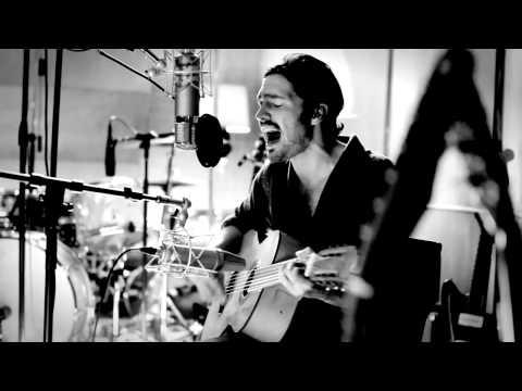 "Robert Francis - ""Eighteen"" Acoustic at Boulevard Recording"
