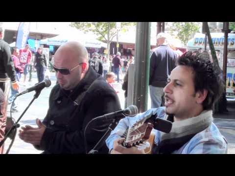 La Rumba Gypsy flamenco at the Vic markets (HD)