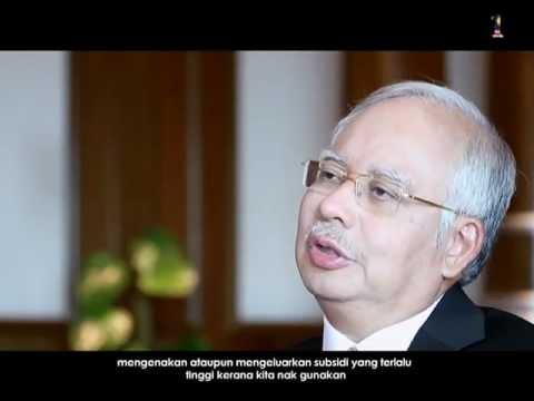 Najib Razak menjawab soalan daripada rakan online mengenai subsidi petrol
