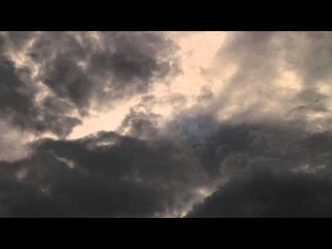 Sony Alpha 77: Dark Clouds (Timelapse)