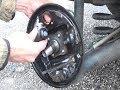 Démonter & remplacer frein à tambour arrière et cylindre de roue avec un kit prémonté