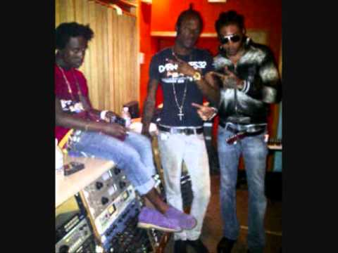 Vybz Kartel Ft  Popcaan, Shawn Storm & Gaza Slim -  Empire For Ever (Worl  Boss Riddim) JUNE 2011 -bL-ZtpjmamM