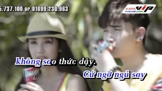 Đừng hạnh phúc em nhé karaoke ( only singer tức demo )