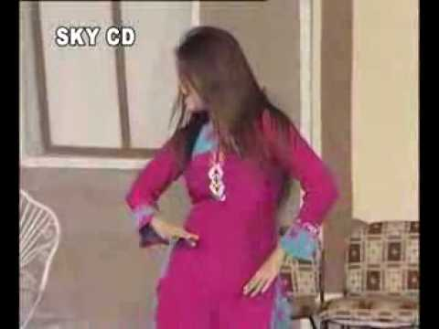 Beautiful Pakistani Girl Dance