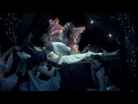 "Marina and the Diamonds - ""I AM NOT A PRINCESS"" Music Video"