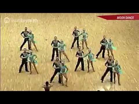 """""""Moondance"""" хамтлагийн дэлхийд Монголоо таниулсан үзүүлбэр"""