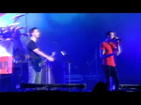 Linkin Park @ OWF 2012 Poland - Crawling (live) [LQ]