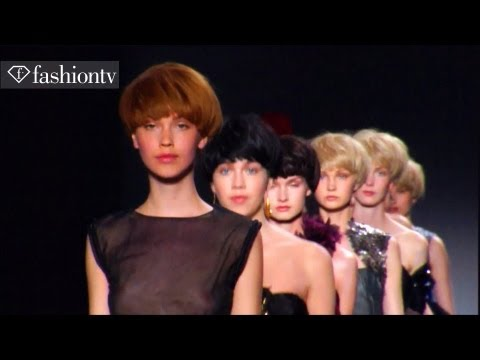 Fashion Week - Fashion Week - Paris Haute Couture Fashion Week Review - Fall/Winter 2011-2012 | FashionTV - FTV