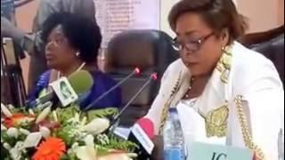 Conférence de presse de Mme le Ministre