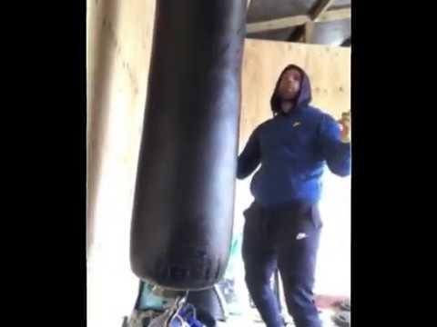 La deesagradable broma del boxeador británico en las redes sociales.