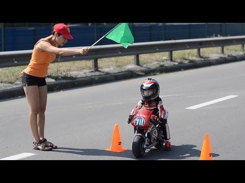 Олныг гайхшруулсан мотоциклчин жаал /видео/