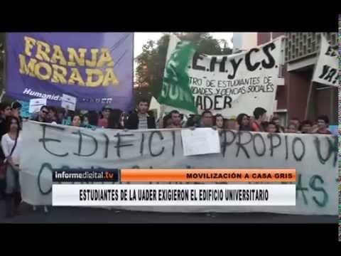 <b>Marcha y asamblea.</b> Estudiantes de la UADER exigieron edificio propio