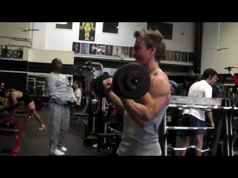 WBFF World Fitness Model Championships Video Blog. Video #12: Back&Biceps @ Gold-s Gym, Venice