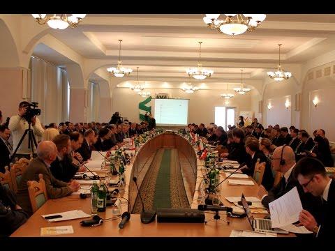 «Вишеградська четвірка» у Чернігові радилася, як допомогти Україні з децентралізацією влади