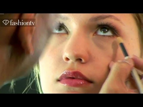 Maybelline Beauty Tips Backstage At Vivienne Tam - New York Fashion Week Spring 2012 Fashiontv Ftv