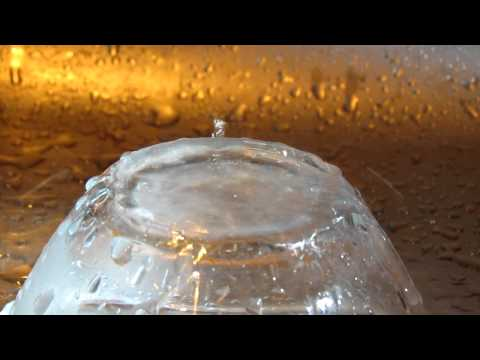 Canon SX40 HS 30FPS 1280x720 - water drops