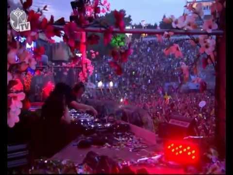 Skrillex@Tomorrowland 2012 (Full Live)