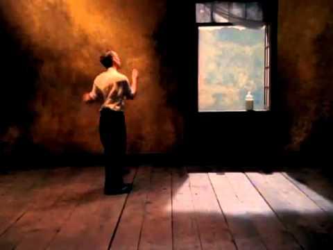 R.E.M. - Losing My Religion (Clipe Oficial) Legendado PT-BR
