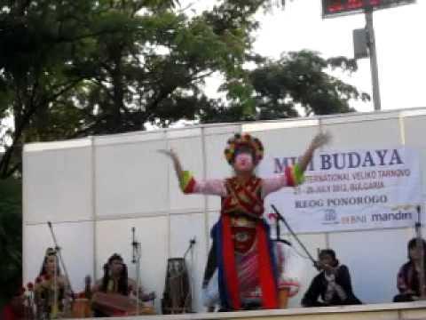 Tari Topeng Betawi -cI435YWmtAI