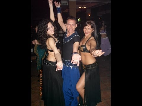 Shy bellydancer.Nancy Ajram-Mestaniyak,performance in Serbia שי רקדן בטן نانسي عجرم مستنياك