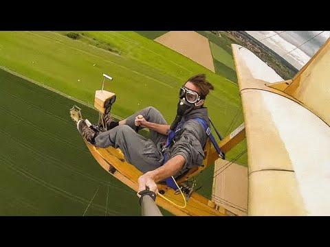فيديو: شاهد مغامر يطير بطائرة شراعية بدون غطاء