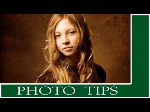 Photoshop Tutorial:  Easy Antique Portrait Effect