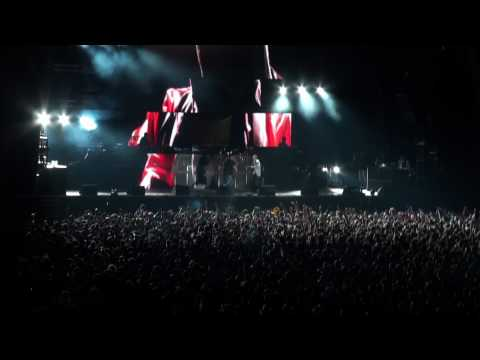 EMINEM - Till i collapse - Cinderella Man Live @ Frauenfeld 2010 HD.MP4